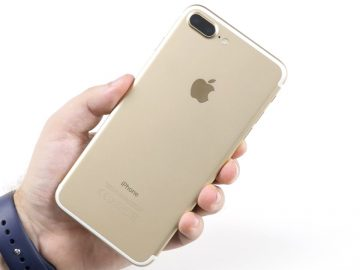 iPhone 7, телефон взорвался в руках, iPhone 7 взорвался в руках, iPhone 7 взорвался в руках у владельца