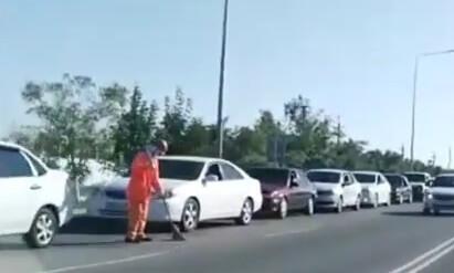 Километровые очереди за газом в Актау